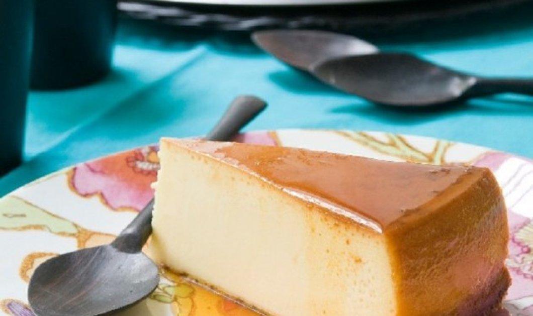 Ο Στέλιος Παρλιάρος ετοιμάζει Φλαν με κρέμα τυριού -  Υπέροχο γλυκό από το Πουέρτο Ρίκο με καραμελένια γεύση - Κυρίως Φωτογραφία - Gallery - Video