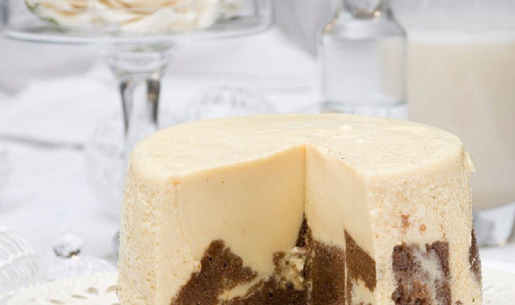 """Ο Στέλιος Παρλιάρος εντυπωσιάζει: Μοναδική η πουτίγκα με κρέμα & σοκολάτα για... """"λευκά Χριστούγεννα"""" - Κυρίως Φωτογραφία - Gallery - Video"""