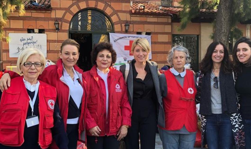 Η Σία Κοσιώνη συγκεντρώνει είδη πρώτης ανάγκης για τους γείτονες Αλβανούς που δοκιμάζονται από τον καταστροφικό σεισμό - Κυρίως Φωτογραφία - Gallery - Video