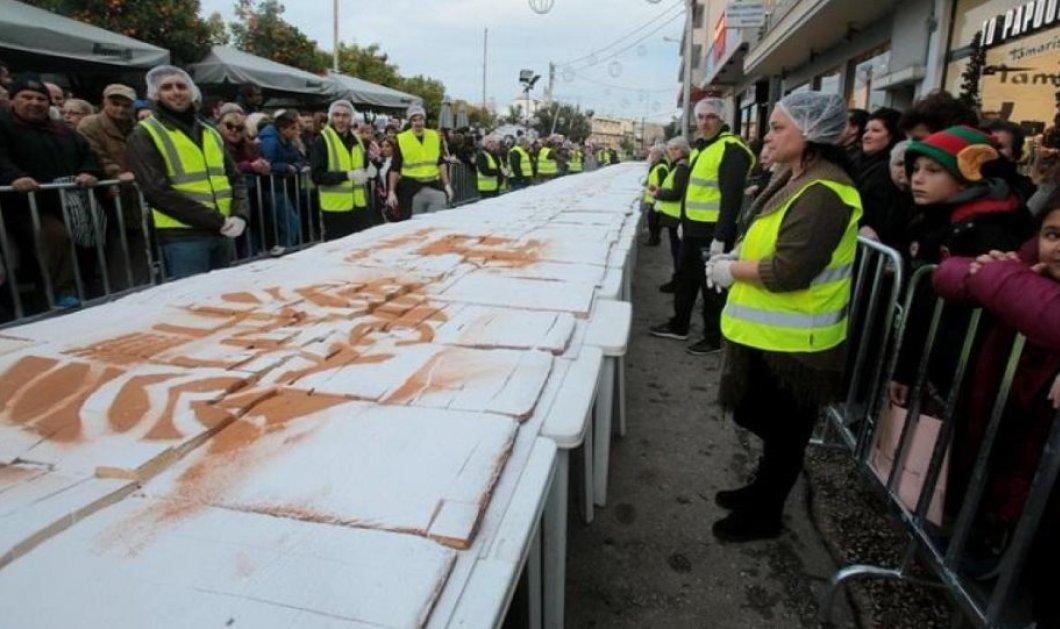 Good news: Βασιλόπιτα πέντε τόνων στο Περιστέρι με 200 φλουριά & 200 δώραβεβαίως - Φώτο - Κυρίως Φωτογραφία - Gallery - Video