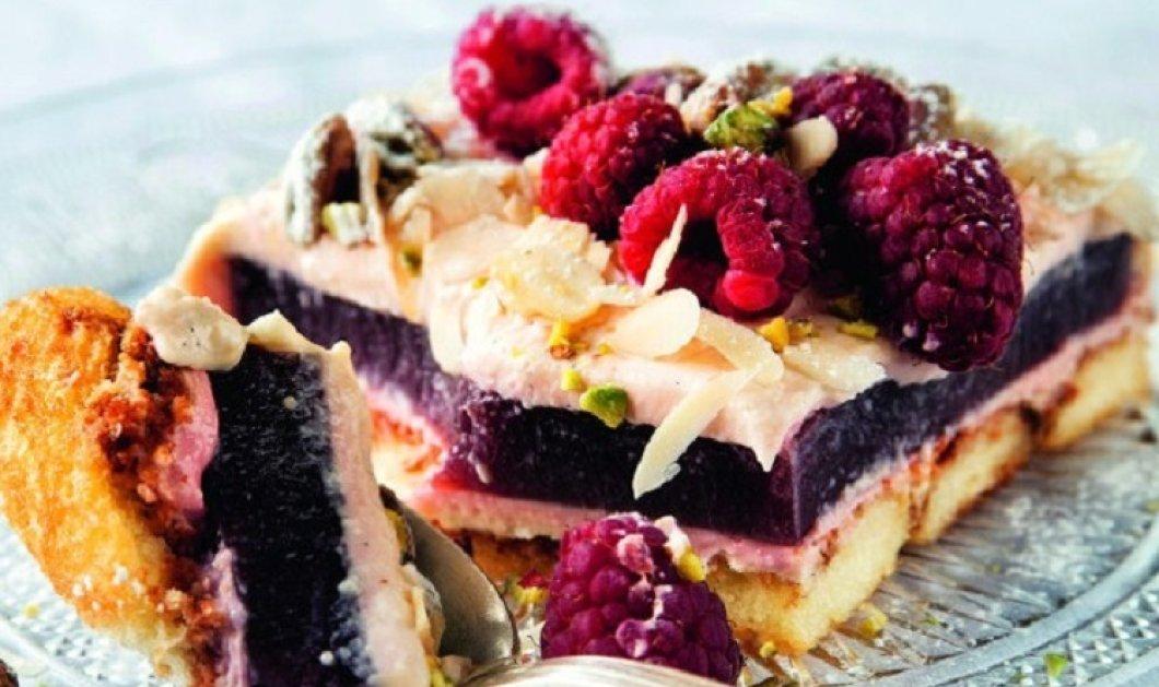 Ο Στέλιος Παρλιάρος φτιάχνει το διάσημο γλυκό  Zuppa inglese & μας ταξιδεύει στην αγαπημένη Ιταλία - Γιαμ! - Κυρίως Φωτογραφία - Gallery - Video