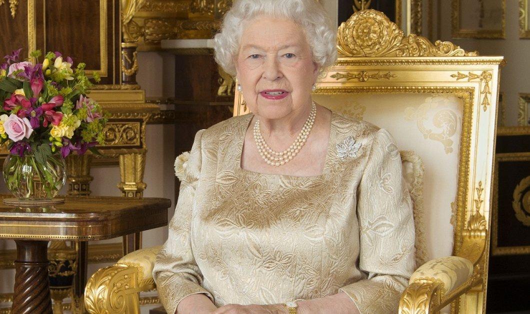Η νέα επίσημη φωτογραφία της Βασίλισσας Ελισάβετ με τους διαδόχους του θρόνου της - Ο γιος Κάρολος - ο εγγονός Ουίλιαμ ο δισέγγονος Τζορτζ (φώτο) - Κυρίως Φωτογραφία - Gallery - Video