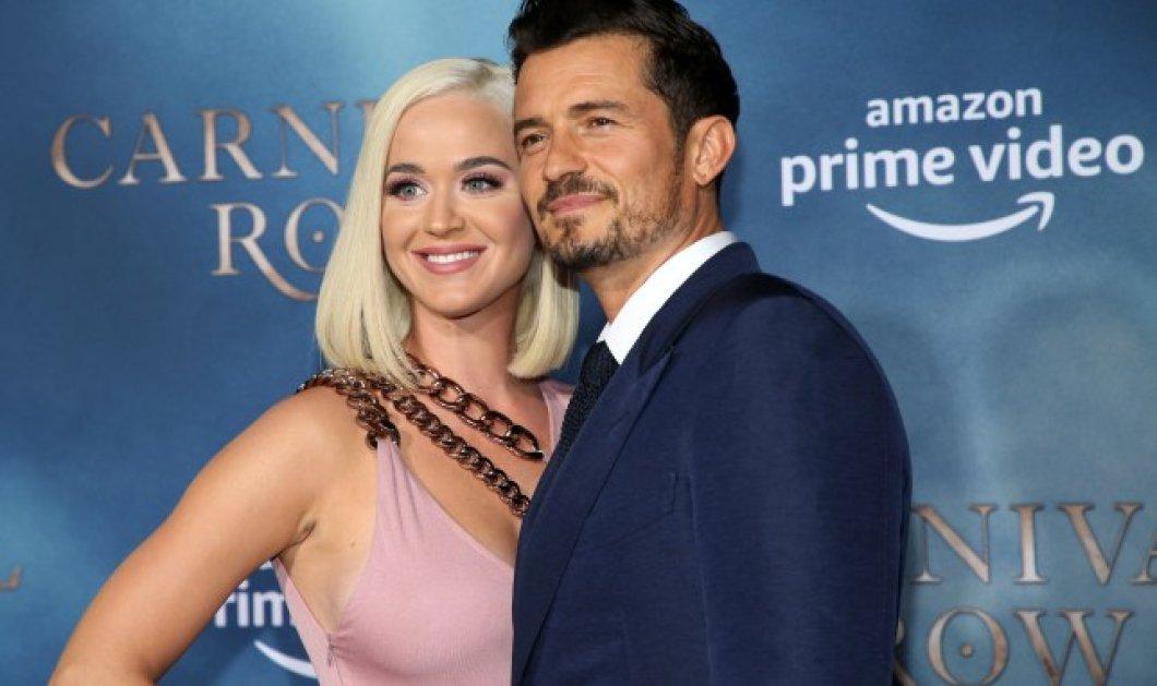 Η Katy Perry με τον άντρα της ζωής της Ορλάντο Μπλουμ & τα σκυλιά τους εύχονται ευτυχισμένο το 2020 (βίντεο) - Κυρίως Φωτογραφία - Gallery - Video