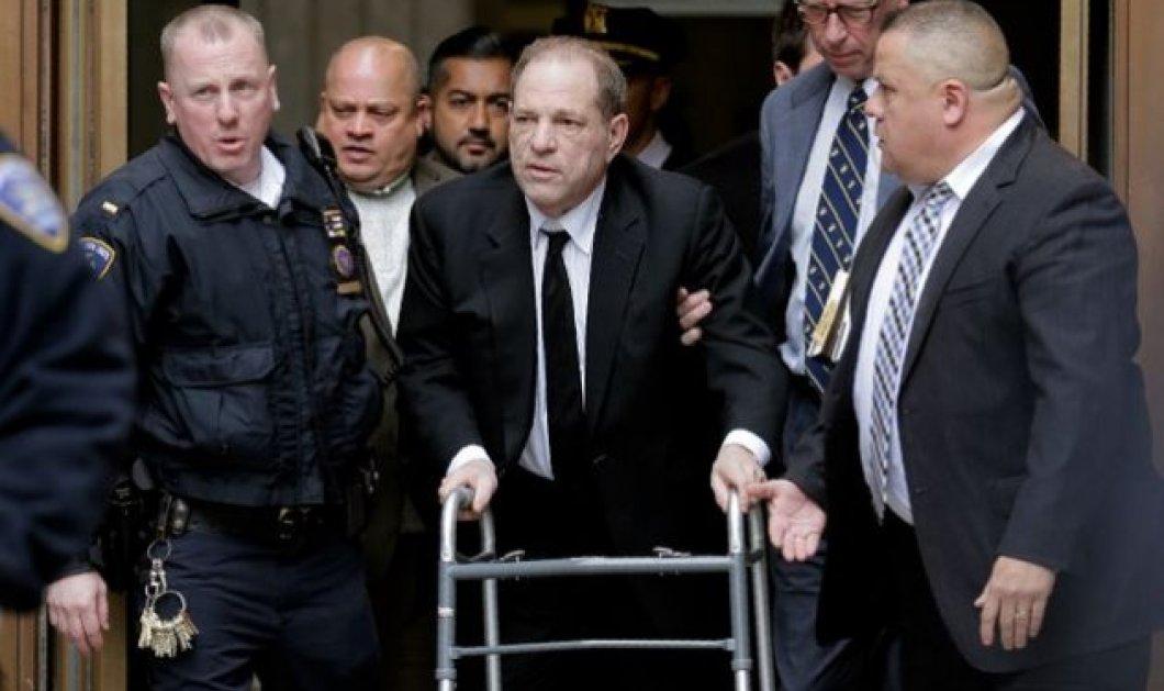 Δίκη Χάρβεϊ Γουάινσταϊν - Η εισαγγελέας τον «έκοψεφέτες» - Ασύλληπτεςοι λεπτομέρειεςγια το «πέσιμο» σε 6 γυναίκες - Κυρίως Φωτογραφία - Gallery - Video