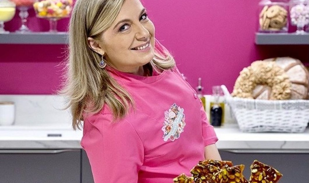 """Η Ντίνα Νικολάου ποζάρει μπροστά σε ένα φανταστικό γλυκό & εξηγεί τι συνέβη με το """"Dina's Bakery"""" - Αλλάζει 'σπίτι"""";  - Κυρίως Φωτογραφία - Gallery - Video"""