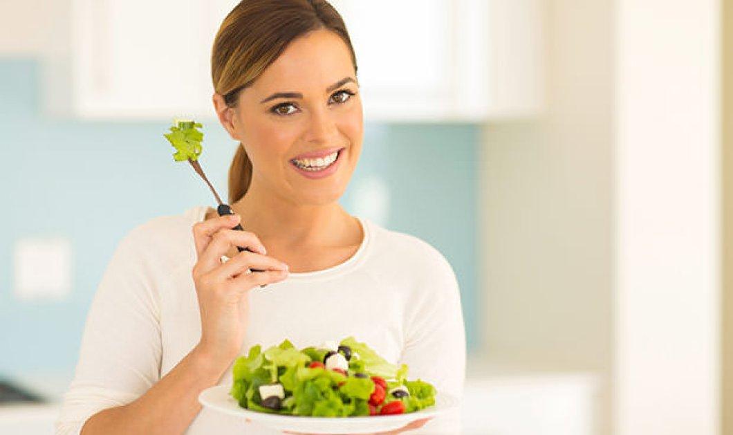Δεν προλαβαίνετε να ετοιμάσετε κάτι για φαγητό; Υγιεινές επιλογές για σνακ στη δουλειά - Κυρίως Φωτογραφία - Gallery - Video