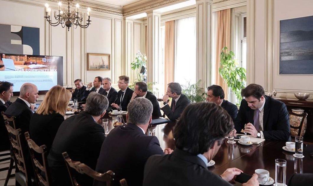 """Κυρ. Μητσοτάκης στη συνάντηση του CEO Clubs Greece: """"Η κυβέρνηση στηρίζει την επιχειρηματικότητα με στόχο καλά αμειβόμενες νέες θέσεις εργασίας""""  - Κυρίως Φωτογραφία - Gallery - Video"""