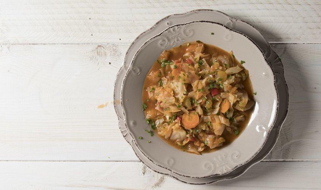 Ο Άκης Πετρετζίκης προτείνει μια απίθανη αντιοξειδωτική σούπα με λάχανο για να κάνουμε αποτοξίνωση - Κυρίως Φωτογραφία - Gallery - Video