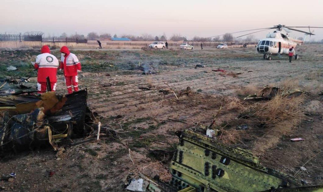Τραγωδία στο αεροδρόμιο της Τεχεράνη: Συνετρίβη Boeing με νεκρούς και τους 170 επιβαίνοντες - Η στιγμή που φλεγόταν στον αέρα - Βίντεο - Κυρίως Φωτογραφία - Gallery - Video