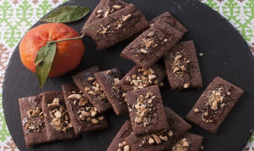 Στέλιος Παρλιάρος: Εύκολα & τραγανά μπισκότα αμυγδάλου με άρωμα από λεμόνι, πορτοκάλι & κονιάκ - Κυρίως Φωτογραφία - Gallery - Video