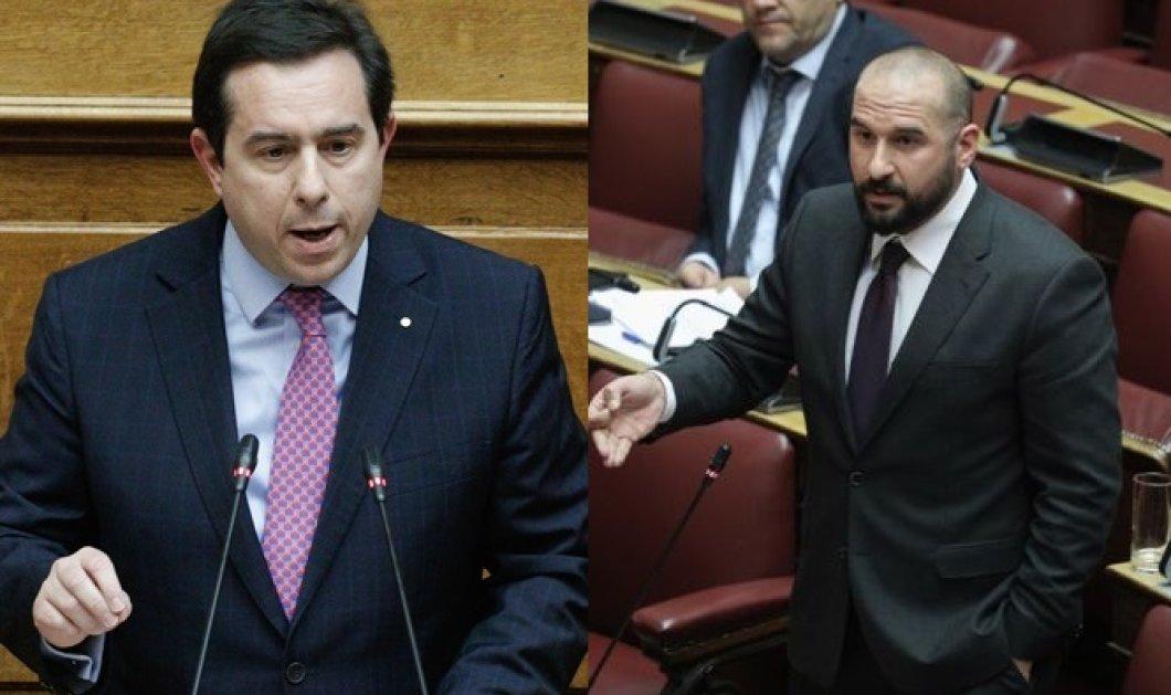 Βουλή: Μηταράκης - Τζανακόπουλος σε υψηλότατους τόνους για τη Μόρια  - Κυρίως Φωτογραφία - Gallery - Video