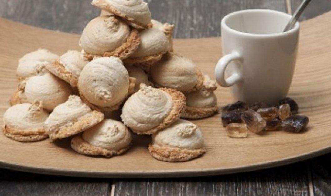 Φτιάξτε αρωματικά μπισκότα αμαρέτι με την υπογραφή του Στέλιου Παρλιάρου - Κυρίως Φωτογραφία - Gallery - Video