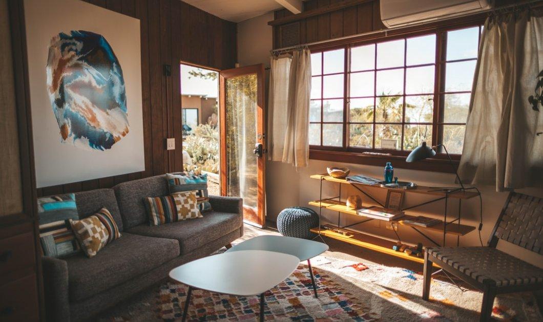 Ο Σπύρος Σούλης μας δείχνει το πιο χρήσιμο έπιπλο - Βάλτε το σε κάθε σπίτι όσο μικρό κι αν είναι - Κυρίως Φωτογραφία - Gallery - Video