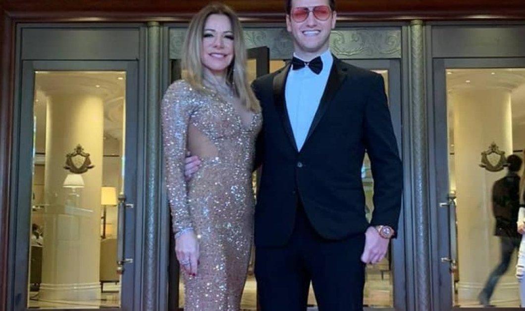 Μαριάννα Λάτση στο κόκκινο χαλί των Όσκαρ: 750.000 κρύσταλλα Swarovski στο σιφόν - Αγκαλιά με τον γιο της, Φίλιππο (φωτό) - Κυρίως Φωτογραφία - Gallery - Video
