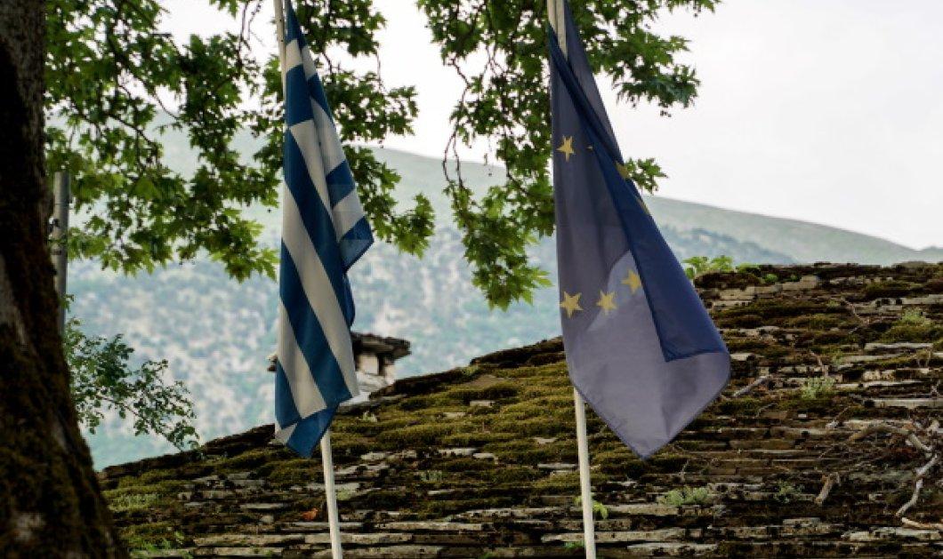 Τι πιστεύουν οι Έλληνες το 2020 - 9 στους 10 υπέρ των ξένων επενδύσεων, 1 στους 3 μια δουλειά στο Δημόσιο - 6 στους 10 μέτριο μισθό με σταθερότητα - Κυρίως Φωτογραφία - Gallery - Video