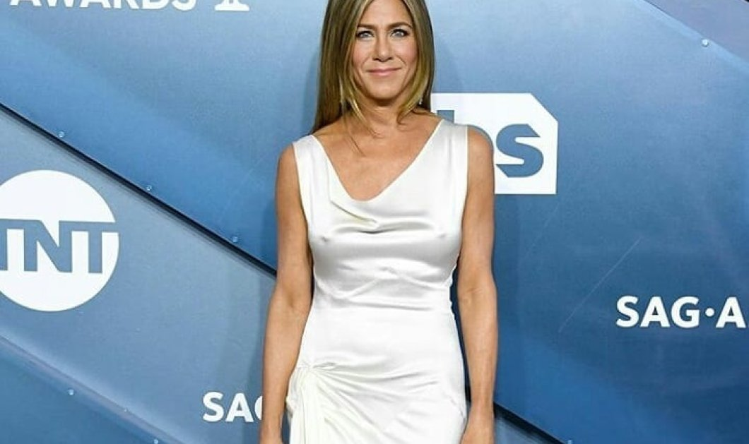 To Top 10 των καλύτερων εμφανίσεων στο κόκκινο χαλί την τελευταία χρονιά: Από την Jennifer Aniston στη Billie Eilish (φωτό) - Κυρίως Φωτογραφία - Gallery - Video