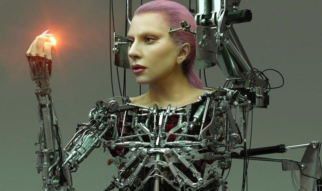Και η τολμηρή μουρλή της εποχής Lady Gaga εξαϋλωμένη σαν από σίδερο, σαν γλυπτό θα σας γελάσω (φωτό - βίντεο) - Κυρίως Φωτογραφία - Gallery - Video