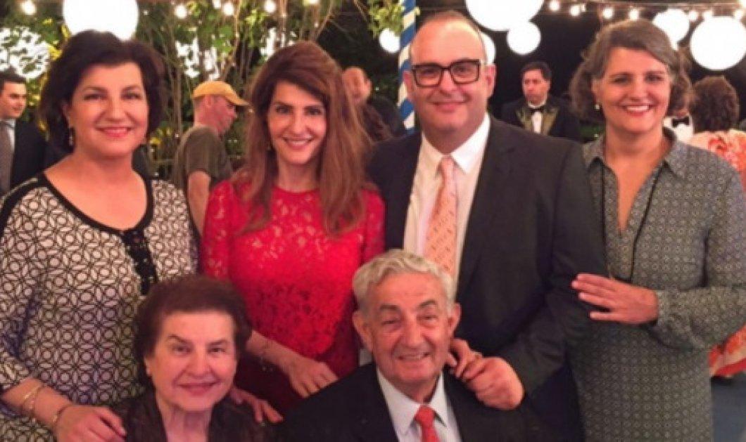 Πέθανε ο Έλληνας πατέρας της Νία Βαρντάλος -Την μεγάλη επιτυχία «Γάμος αλά Ελληνικά» οφείλουμε σε αυτόν - Κυρίως Φωτογραφία - Gallery - Video