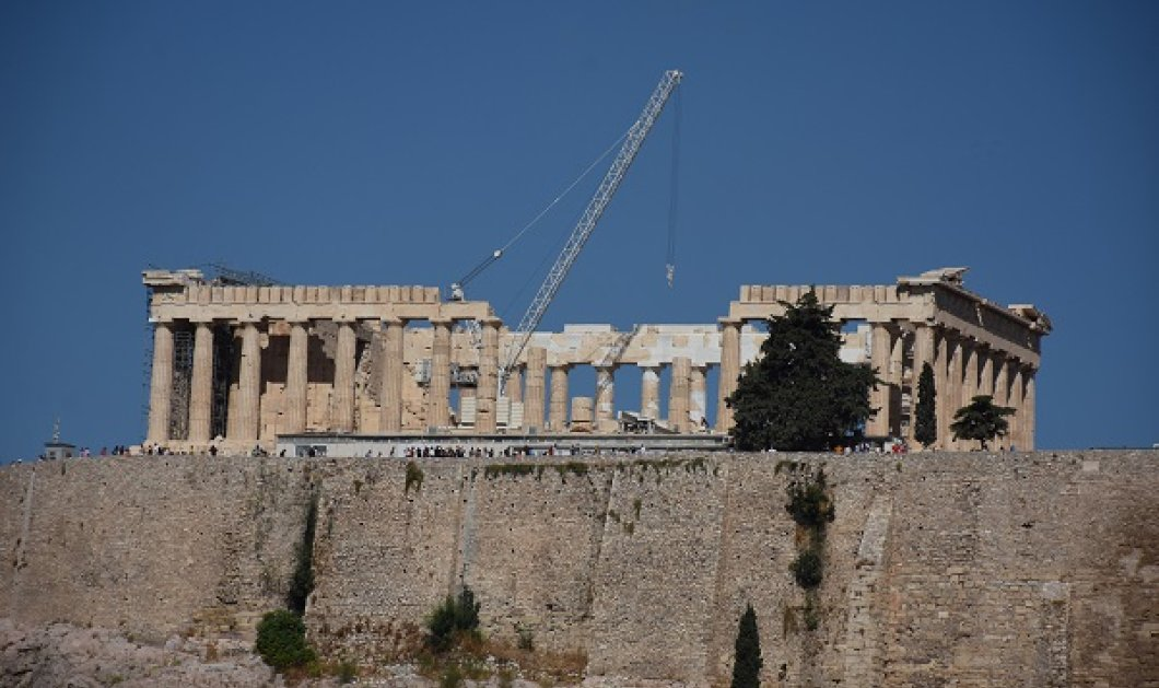 Το Κεντρικό Αρχαιολογικό Συμβούλιο πήρε την απόφαση: Γκρεμίζονται οι 2 όροφοι που διακόπτουν τη θέα προς την Ακρόπολη - Κυρίως Φωτογραφία - Gallery - Video