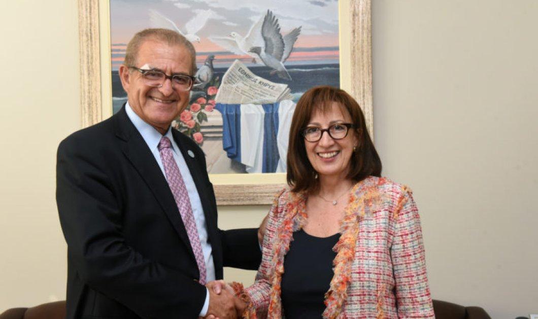 Topwoman η Δρ. Αικατερίνη Μπούρα: Είναι η νέα πρόεδρος  στο Σύλλογο Φίλων Γενναδείου Βιβλιοθήκης - Κυρίως Φωτογραφία - Gallery - Video