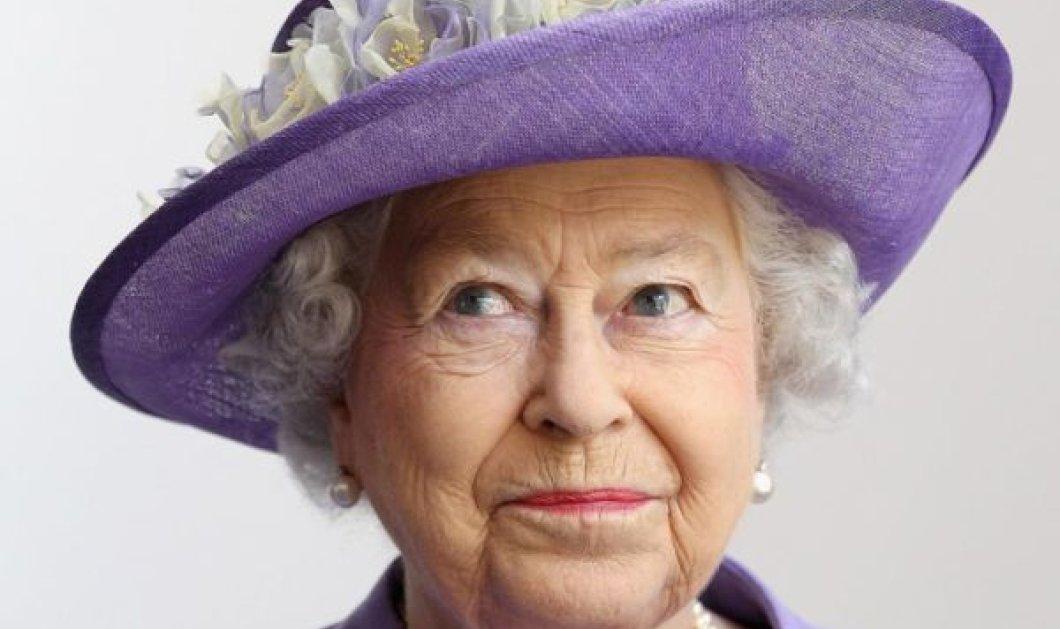 94 χρονών γίνεται σήμερα η Βασίλισσα Ελισάβετ: Οι φωτό του Μπάκιγχαμ με τον Ουίλιαμ και την ''floral'' Κέιτ - Κυρίως Φωτογραφία - Gallery - Video