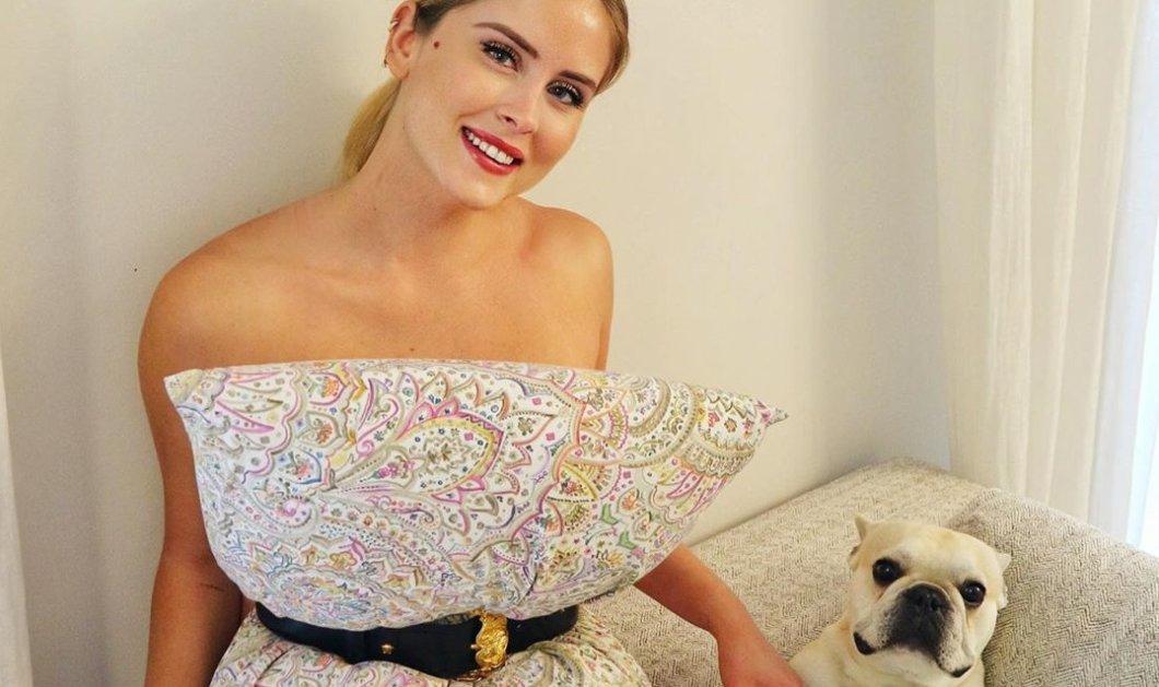 #pillowchallenge: Μόδα με μαξιλάρι και ζώνη για κυρίες, παιδιά, σκυλιά, γατιά (φωτό) - Κυρίως Φωτογραφία - Gallery - Video