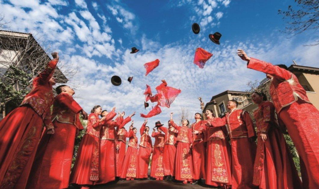 Οι εθνικές φορεσιές της Κίνας σε μία φαντασμαγορική έκθεση από χθες (Φωτό) - Κυρίως Φωτογραφία - Gallery - Video