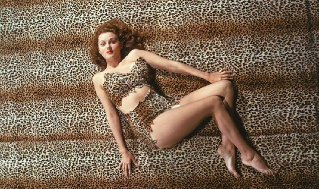 Rhonda Fleming: Vintage pics η Queen του Technicolor σε glamour πόζες την δεκαετία του 1940-50 - Κυρίως Φωτογραφία - Gallery - Video