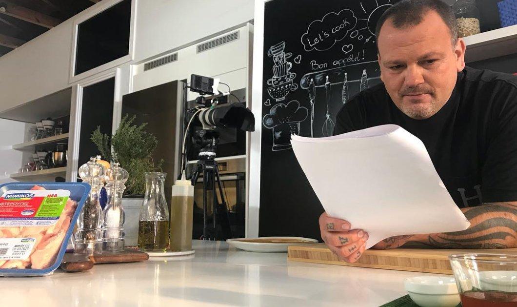 Ο Δημήτρης Σκαρμούτσος μας φτιάχνει απίθανες παπαρδέλες με μοσχαράκι και μανιτάρια σε κόκκινη πικάντικη σάλτσα - Κυρίως Φωτογραφία - Gallery - Video