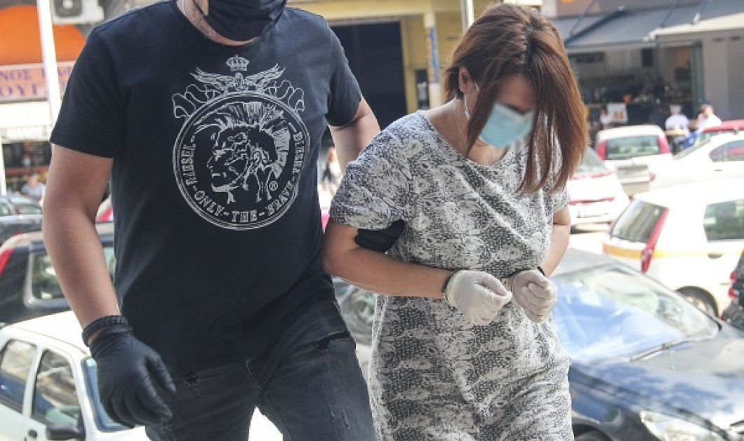 Θεσσαλονίκη - Δολοφονία 49χρονου: Δίωξη για ανθρωποκτονία από πρόθεση στη σύζυγο & την κόρη του (φωτό- βίντεο) - Κυρίως Φωτογραφία - Gallery - Video