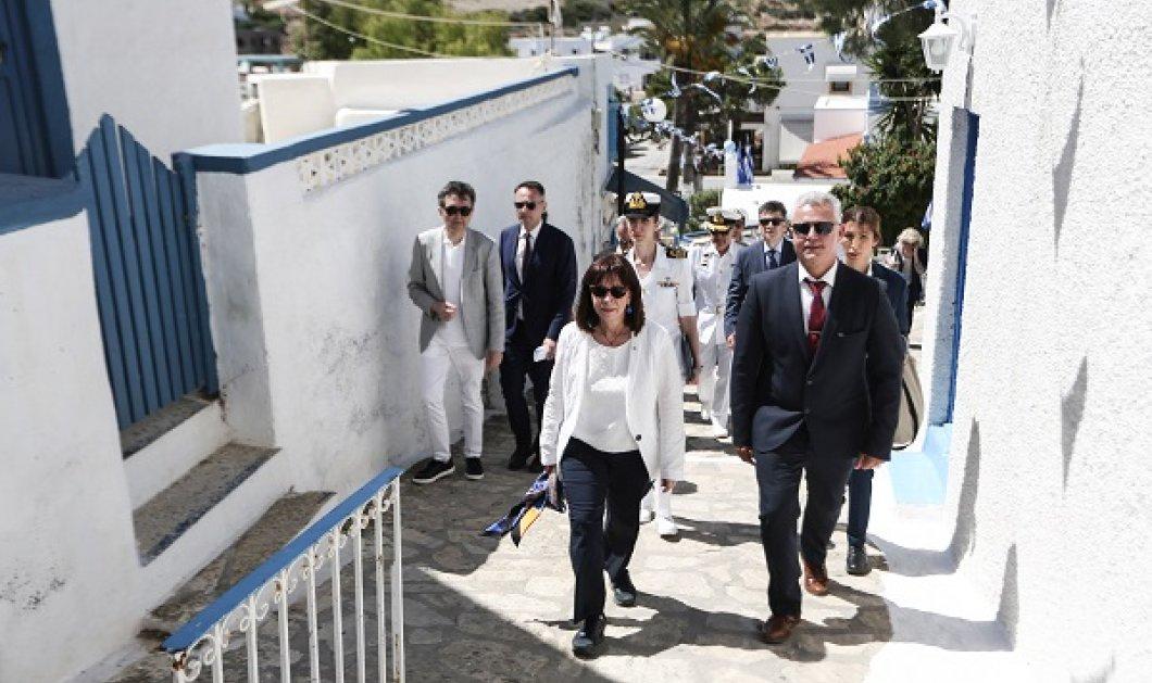 Στους Λειψούς & το Αγαθονήσι η Πρόεδρος της Δημοκρατίας, Κατερίνα Σακελλαροπούλου - «Είδα ανθρώπους περήφανους, χαμογελαστούς...» (φωτό) - Κυρίως Φωτογραφία - Gallery - Video