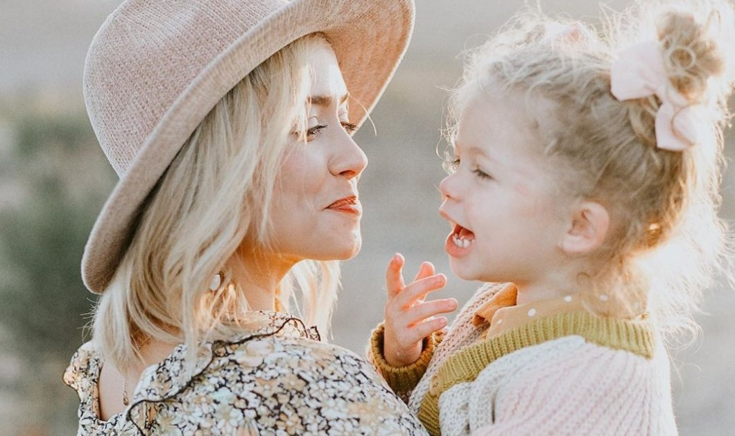 Story of the day: Influencer περιγράφει πως η 3 ετών κορούλα της πέθανε απο καρκίνο στον εγκέφαλο σε 3 εβδομάδες (φωτό- βίντεο) - Κυρίως Φωτογραφία - Gallery - Video