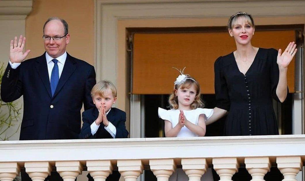 Κουκλάκια έγιναν τα δίδυμα του πρίγκιπα Αλβέρτου & της Σαρλίν: Γκαμπριέλα & Ζακ στο βασιλικό μπαλκόνι (φωτό) - Κυρίως Φωτογραφία - Gallery - Video