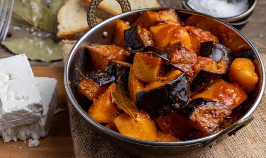Ξεκινάμε την εβδομάδα χωρίς κρέας & με μια υπέροχη συνταγή από την Αργυρώ: Μελιτζάνες με μελωμένες πατάτες & φέτα - Κυρίως Φωτογραφία - Gallery - Video
