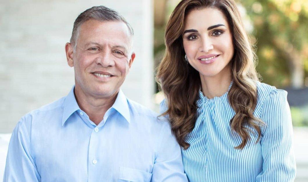 Ο Βασιλιάς της Ιορδανίας Αμπντάλα τρελά ερωτευμένος με την Ράνια μετά από 27 χρόνια γάμου: Την κρατά από το χεράκι & λάμπουν από ευτυχία (φωτό) - Κυρίως Φωτογραφία - Gallery - Video