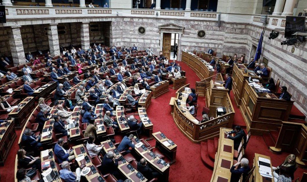 Live: Η συζήτηση στη Βουλή επί του νομοσχεδίου για τις δημόσιες συναθροίσεις - Κυρίως Φωτογραφία - Gallery - Video