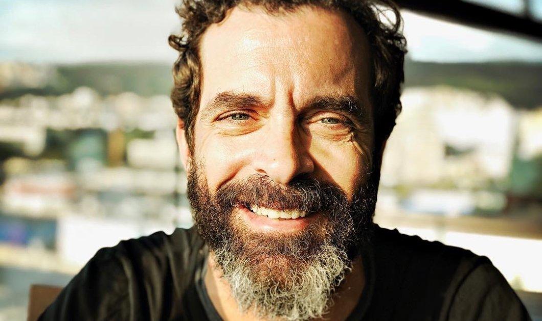 50 χρονών έγινε ο γοητευτικός Κωνσταντίνος Μαρκουλάκης & η διαφορά βρίσκεται στο... μούσι του (φωτό) - Κυρίως Φωτογραφία - Gallery - Video