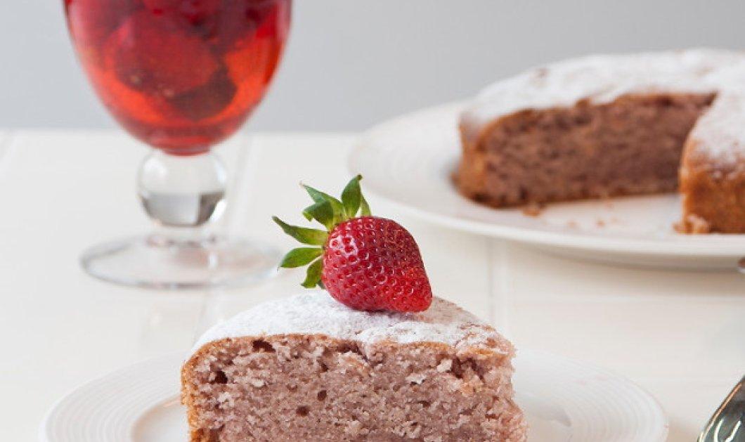 Θα το λατρέψετε: Υπέροχο κέικ φράουλας από τον Στέλιο Παρλιάρο - Κυρίως Φωτογραφία - Gallery - Video