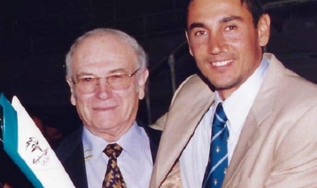 Ο Νίκος Κακλαμανάκης αποχαιρετά με μεγάλη συγκίνηση τον Έλληνα της Αυστραλίας που τον στήριξε στους Ολυμπιακούς του Σίδνεϊ - «Στην ήττα που δεν σε ξέρει κανείς» - Κυρίως Φωτογραφία - Gallery - Video