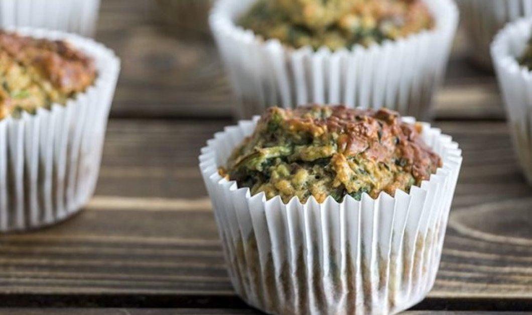 Ο Άκης Πετρετζίκης μας φτιάχνει τη μέρα με super Muffins πρωτεΐνης - Κυρίως Φωτογραφία - Gallery - Video