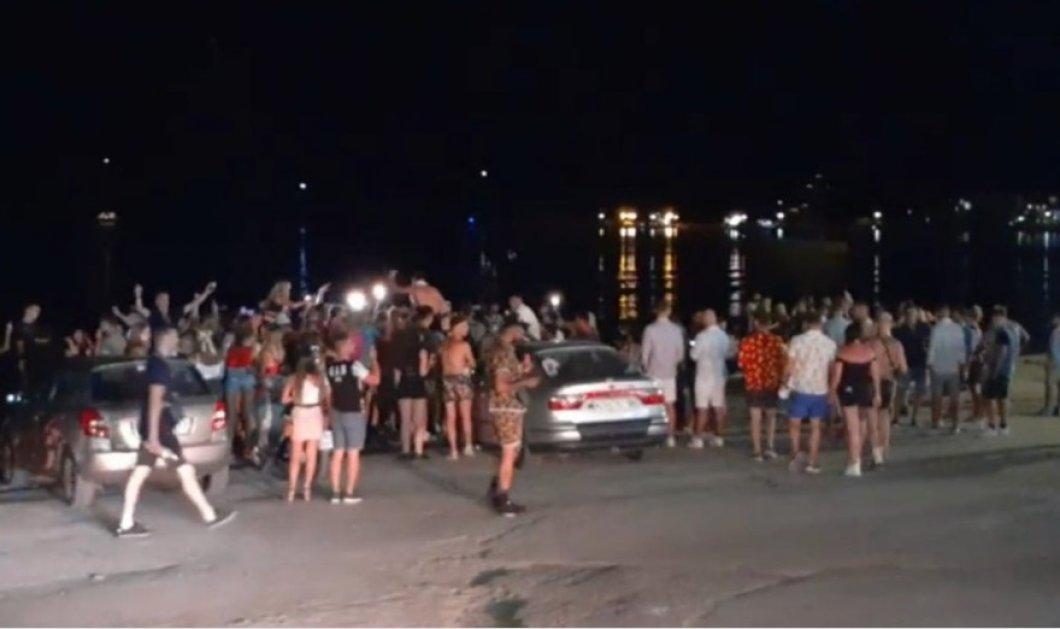 Μύκονος, Ζάκυνθος, Ηράκλειο, Χανιά, Ρέθυμνο: Χαμός μετά τα μεσάνυχτα - Χωρίς μάσκες σε κεντρικούς δρόμους, πάρτι στις παραλίες (φωτό - βίντεο) - Κυρίως Φωτογραφία - Gallery - Video