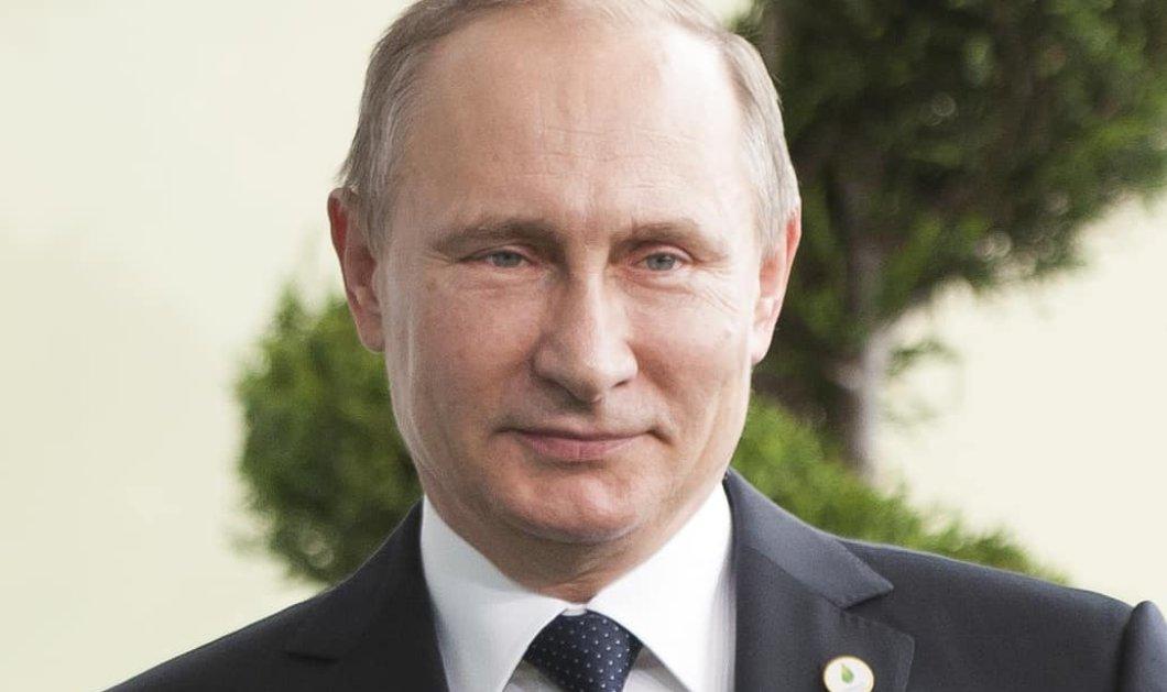 Ο Πούτιν έκανε την έκπληξη: Βρήκαμε το εμβόλιο κατά του κορωνοϊού – Πρώτη δοκιμή στην κόρη του (Φωτό & Βίντεο)  - Κυρίως Φωτογραφία - Gallery - Video