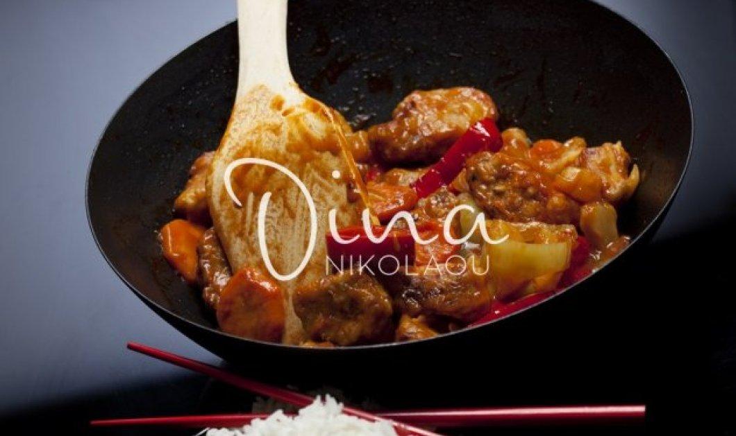 Ντίνα Νικολάου: Δοκιμάστε να φτιάξετε και εσείς το χοιρινό γλυκόξινο με ανανά που μας έδειξε - Κυρίως Φωτογραφία - Gallery - Video