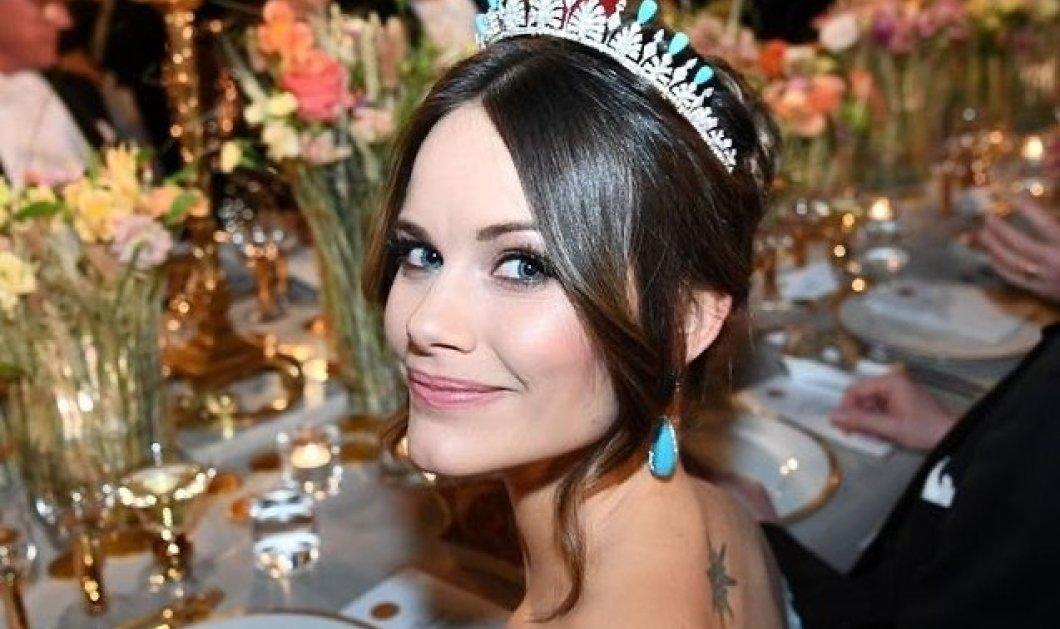Πριγκίπισσα Σοφία της Σουηδίας: Οι στυλιστικές επιλογές της καλλονής παίκτριας reality που μπήκε στη βασιλική οικογένεια - Οι δυσκολίες της ζωής στο παλάτι (φωτό) - Κυρίως Φωτογραφία - Gallery - Video