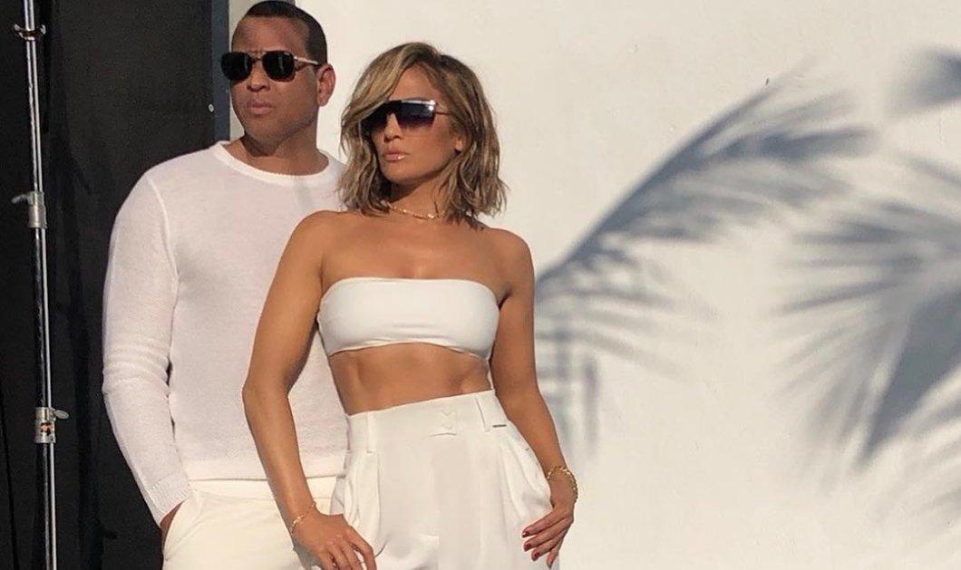 Γαμήλια εμφάνιση της Jennifer Lopez & του αρραβωνιαστικού της Alex Rodriguez – Το ζεύγος ντυμένο στα λευκά μαζί με τα 4 παιδιά τους (Φωτό)  - Κυρίως Φωτογραφία - Gallery - Video