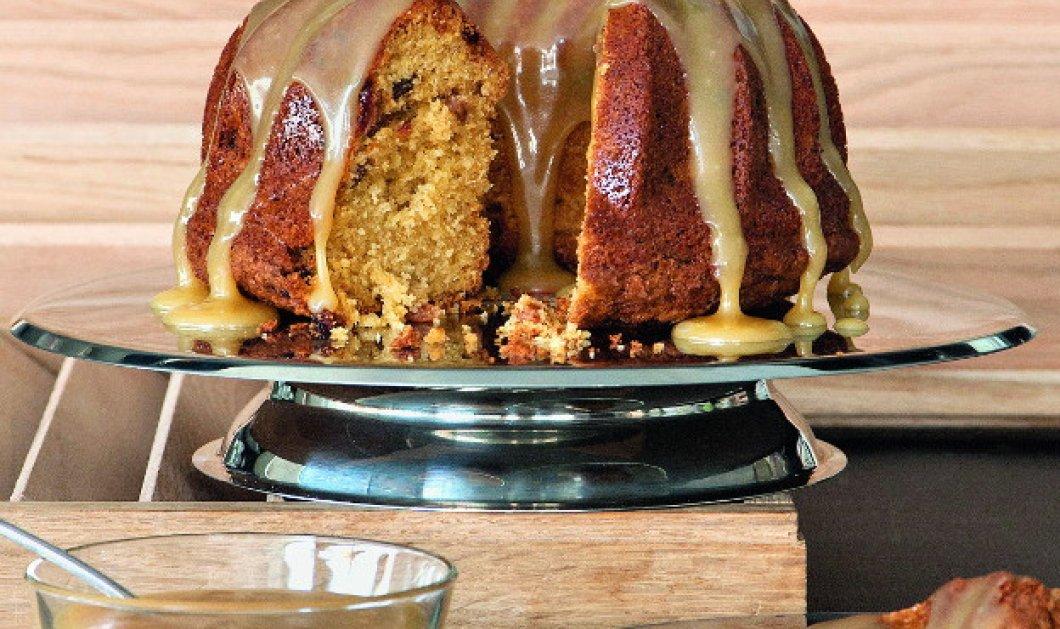 Ο Στέλιος Παρλιάρος μας φτιάχνει το πιο λαχταριστό γλυκό - Κέικ με ουίσκι & μπάτερσκοτς - Κυρίως Φωτογραφία - Gallery - Video