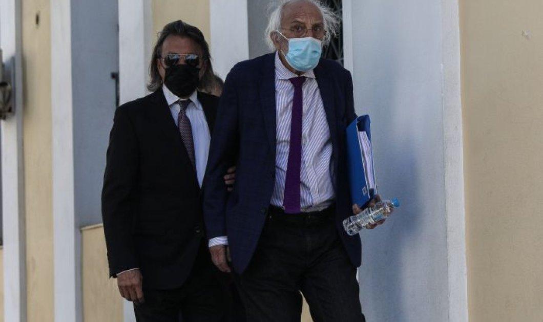 Ηλίας Ψινάκης: Ελεύθερος με εγγύηση 20.000 ευρώ - Θα έχουμε ραγδαίες εξελίξεις είπε μετά την απολογία του για την πυρκαγιά στο Μάτι  - Κυρίως Φωτογραφία - Gallery - Video