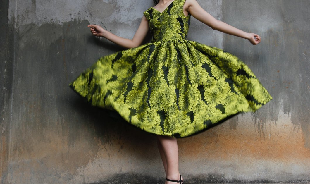 Τα πιο στυλάτα φορέματα για το Φθινόπωρο / Χειμώνα 2020 – 2021 - Δερμάτινα & tweed - Κυρίως Φωτογραφία - Gallery - Video