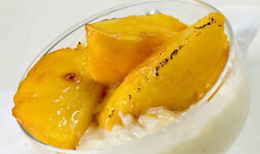 Ένα καταπληκτικό γλυκό από τον Στέλιο Παρλιάρο - Ρυζόγαλο με ψητά ροδάκινα  - Κυρίως Φωτογραφία - Gallery - Video