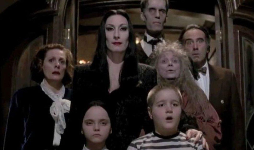 """Τότε & τώρα: Το περίφημο καστ της ταινίας """"Οικογένεια Άνταμς"""" το 1991 & 29 χρόνια μετά (φωτό) - Κυρίως Φωτογραφία - Gallery - Video"""